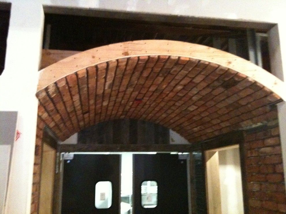 Endicott Brick for a Traditional Spaces with a Brick Veneers and Brick It Examples by Brick It