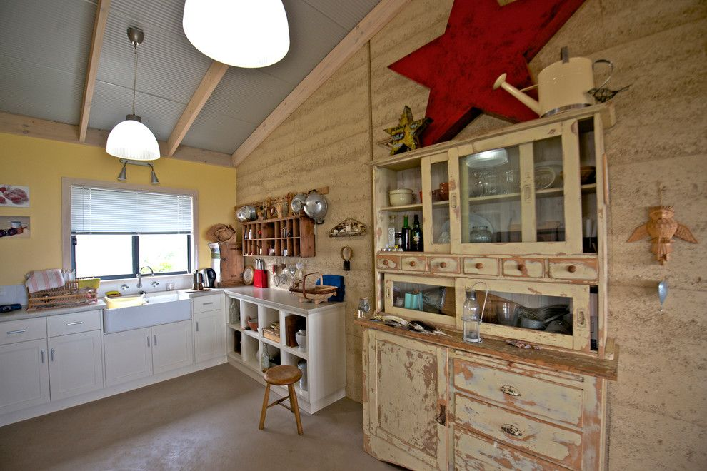 Everglades Farm Equipment for a Shabby Chic Style Kitchen with a White Cabinets and My Houzz: Artist Home and Studio Overlooking Kangaroo Island by Jeni Lee