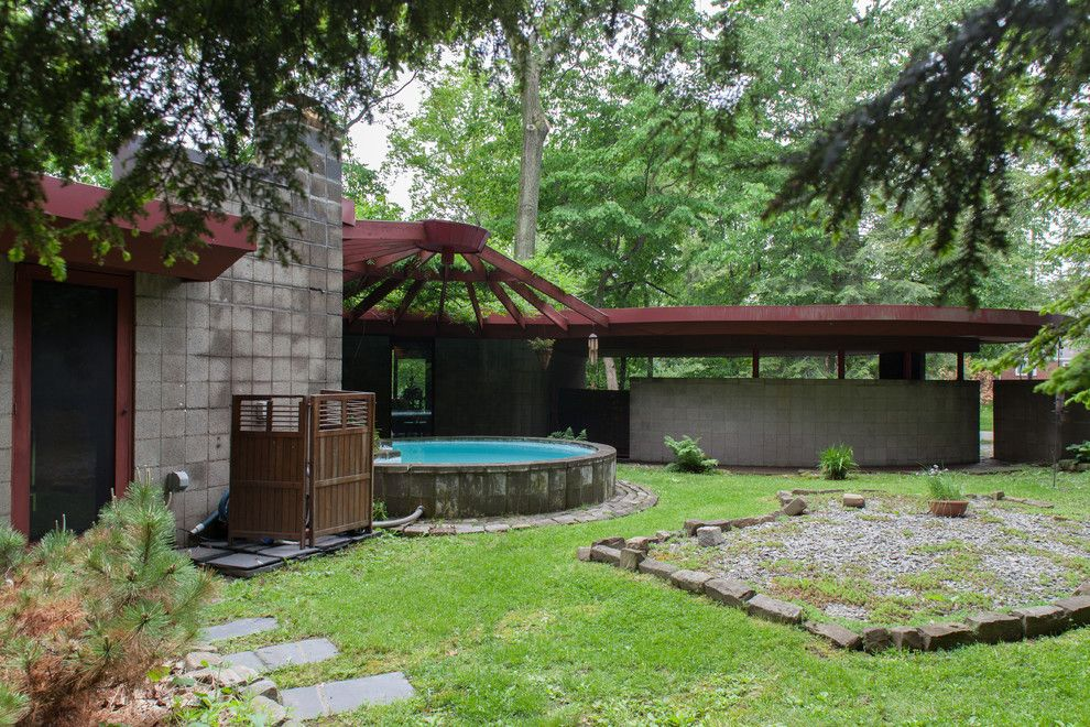 Fallingwater House for a Midcentury Exterior with a My Houzz and Lipkind House by Jason Snyder