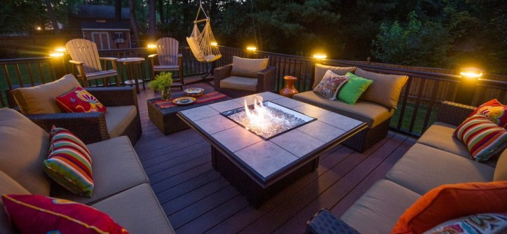 Farnsworth House for a Modern Deck with a Patio Seating and Clifton Park Deck by Bespoke Decor