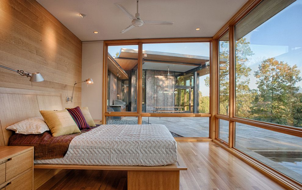 Feng Shui Bed Placement for a Modern Bedroom with a Mountain Modern and Piedmont Residence by Carlton Architecture