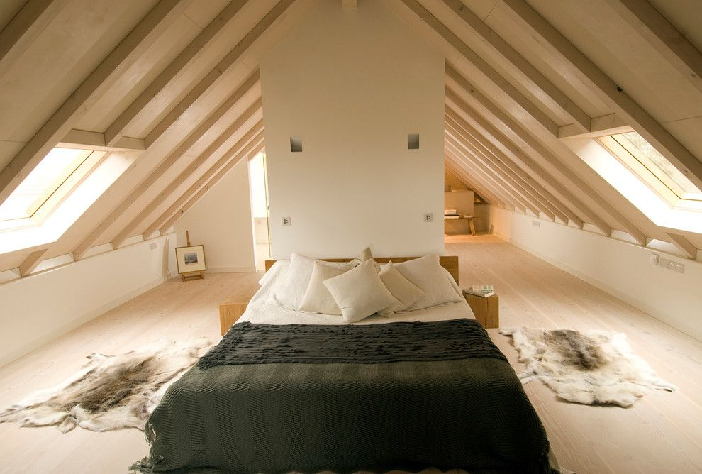 Feng Shui Bedroom for a Contemporary Bedroom with a Wood Beams and Les Bardeaux by JAMIE FALLA ARCHITECTURE