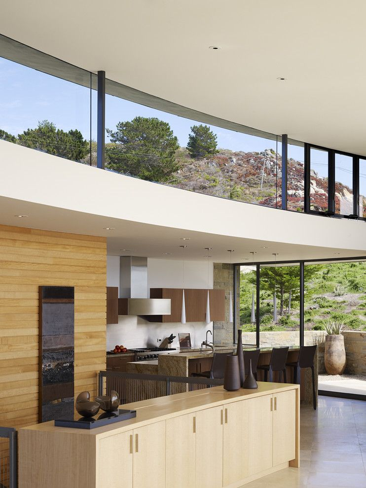 Fleetwood Windows for a Contemporary Kitchen with a Architect Daniel Piechota and Modern Kitchen by Fulcrumse.com
