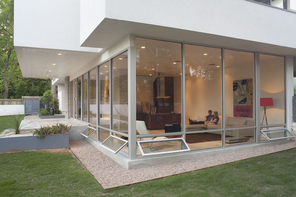 Fleetwood Windows for a Modern Exterior with a White and 29th Windows by Hugh Jefferson Randolph Architects