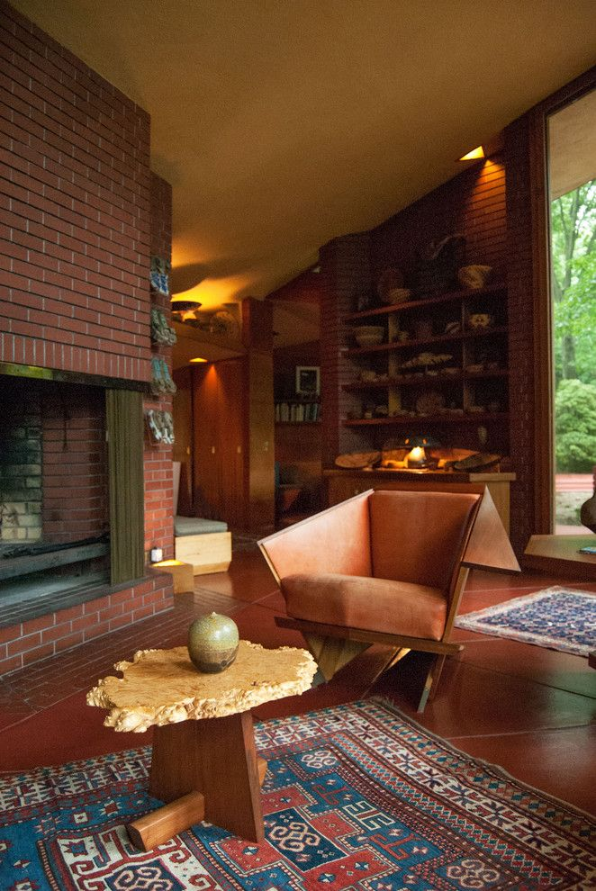 Frank Lloyd Wright Falling Water for a Modern Living Room with a Kilim Rug and Houzz Tour: An Architectural Relic Thrives in the Heartland of Ohio by Adrienne Derosa