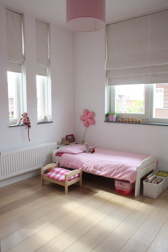 Fruit Basket Flowerland for a Contemporary Kids with a Minimal and My Houzz: Contemporary Clasic in the Netherlands by Holly Marder