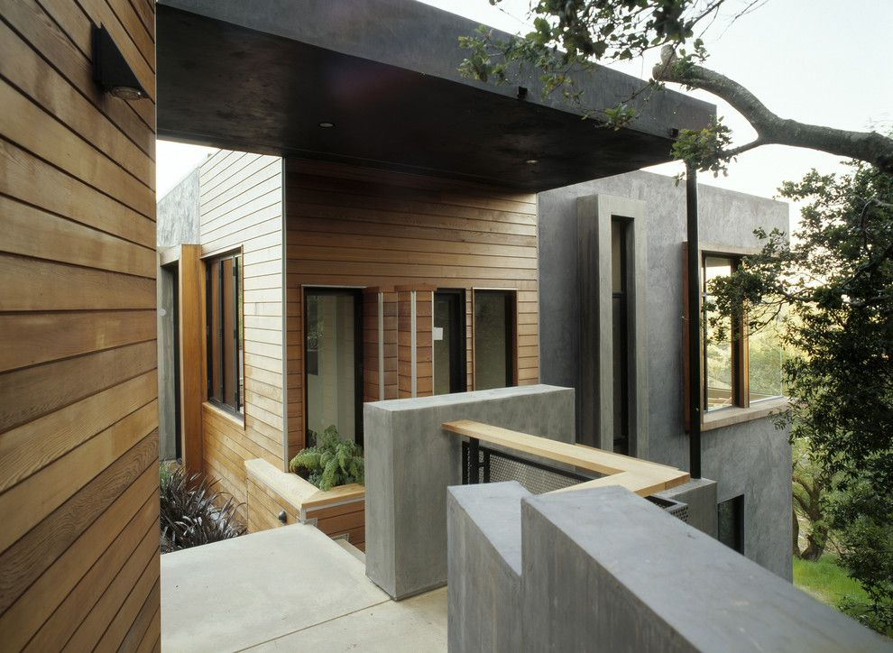 Fry Reglet for a Modern Exterior with a Planters and Sleepy Hollow Residence by House + House Architects