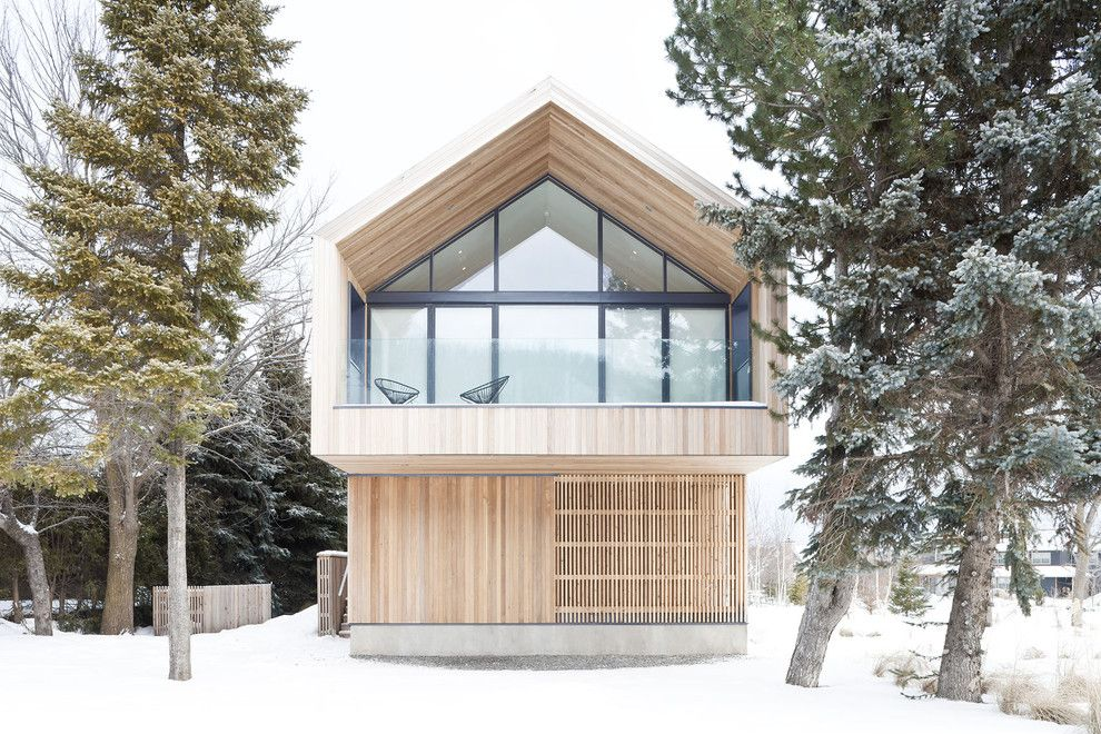 Gables Upper Kirby for a Scandinavian Exterior with a Wood Paneling and Maison Glissade (Ski Chalet) by Peter A. Sellar   Architectural Photographer