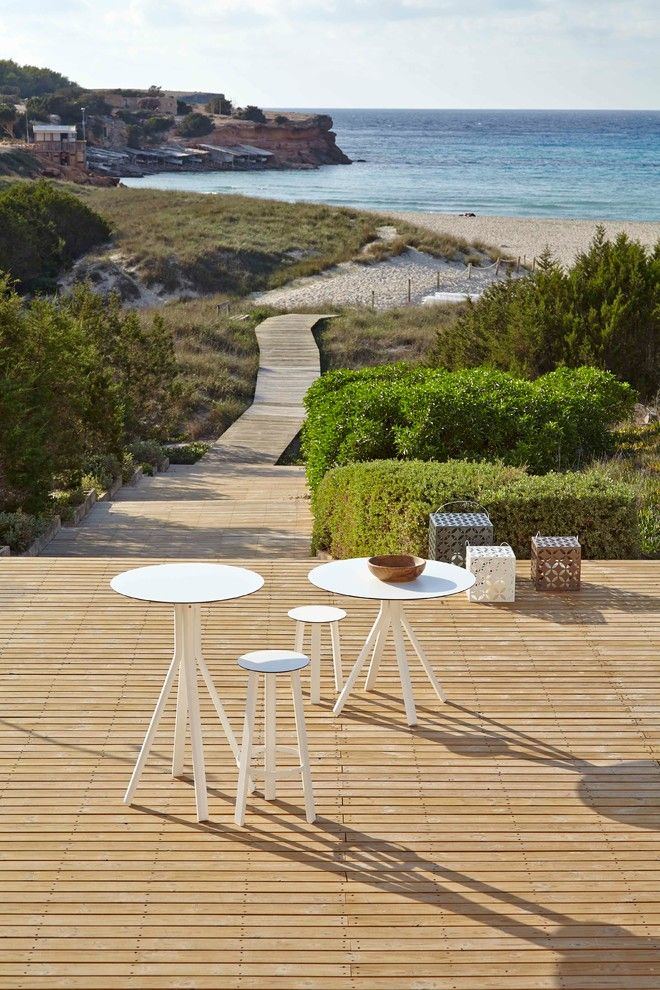 Gandia Blasco for a Modern Spaces with a Gandiablasco and Stack by Gandia Blasco