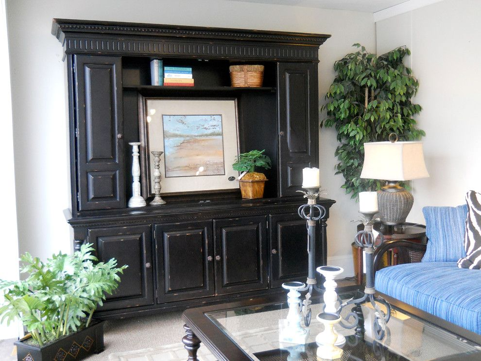 Gladhill Furniture for a Traditional Family Room with a Entertainment and Our Rooms by Gladhill Furniture