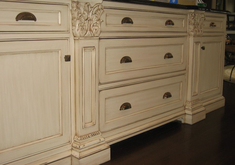 Glazing Kitchen Cabinets for a Traditional Spaces with a Kimberly Wohlfarth and Hand Painted and Distressed Kitchen Cabinetry by Distinctive Applications Kimberly Wohlfarth,Artist