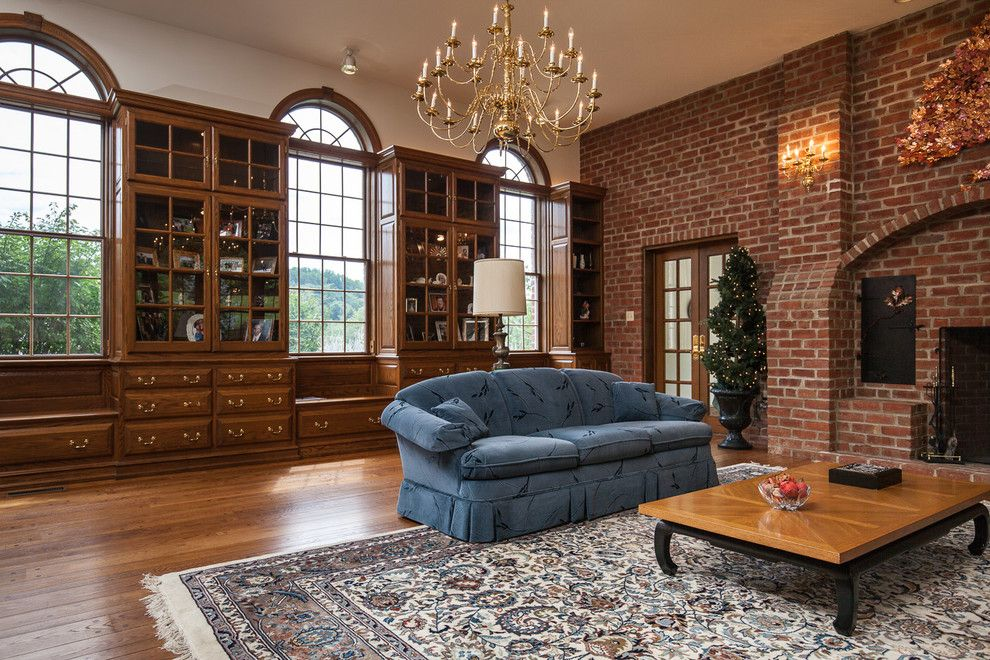 Glen Gery Brick For A Traditional Family Room With A Red