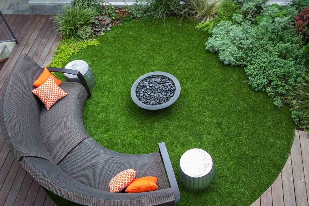 Godby Furniture for a Contemporary Patio with a Synlawn and Modern Brooklyn Garden by Outside Space Nyc Landscape Design