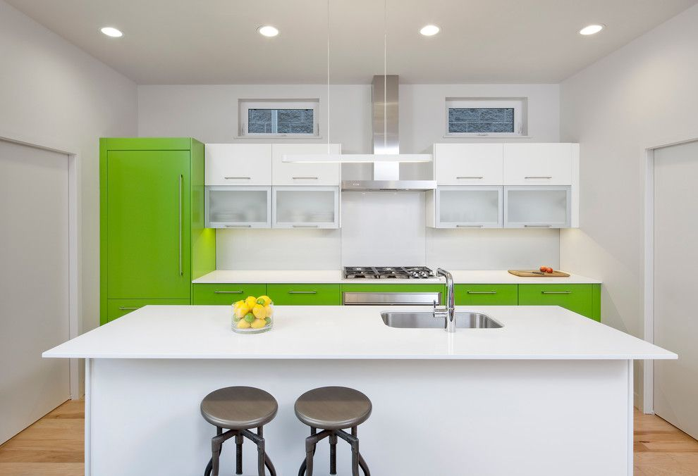 Hahn Appliance for a Contemporary Kitchen with a Small Windows and C3prefab: V1.0 by Square Root Architecture + Design, Ltd.