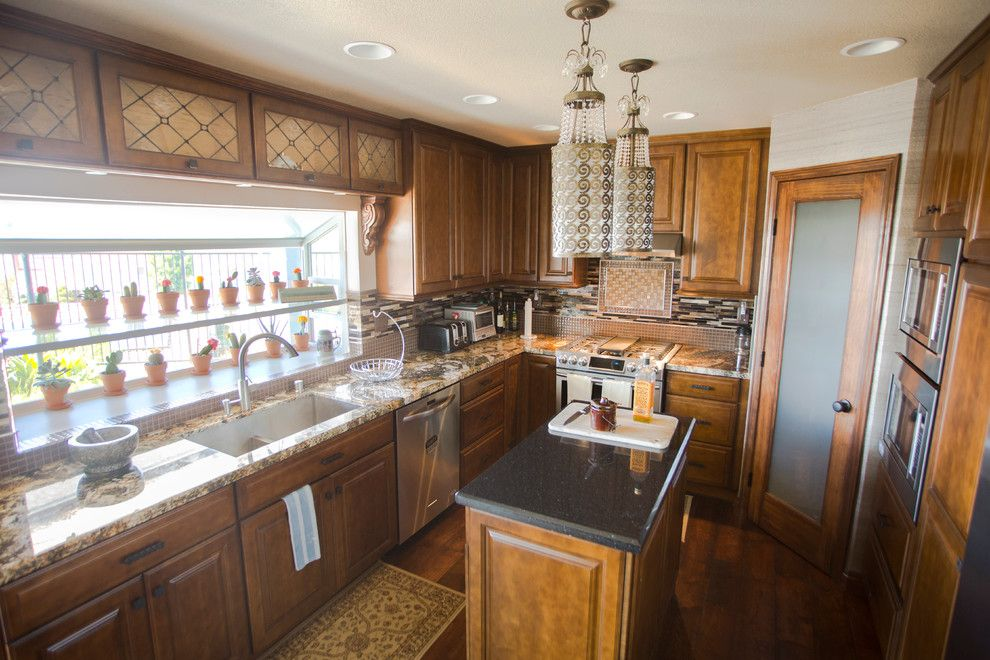 Hahn Appliance for a Transitional Kitchen with a Corona and Anaheim Hills Project by Kathleen Barlow Interiors