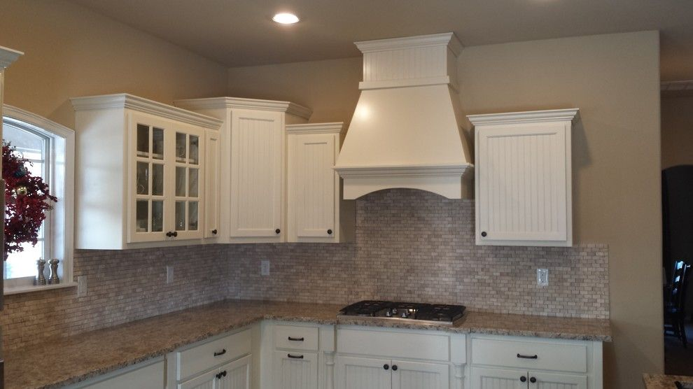 Hahn Appliance Tulsa for a Traditional Kitchen with a Cabinet and Wilson by Arches Construction Corp.