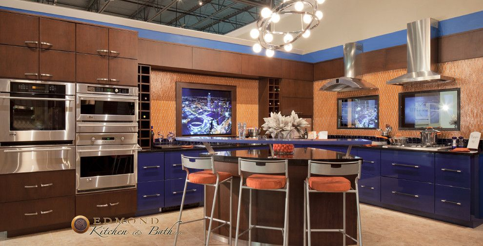 Hahn Appliances for a Modern Kitchen with a Glass Backsplash and Showroom at Hahn Appliance by Edmond Kitchen & Bath Llc