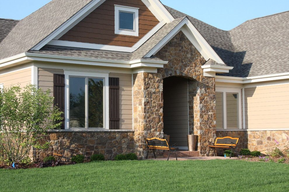 Halquist Stone for a Traditional Exterior with a Halquist Stone and RUSTIC STRIP by HALQUIST STONE