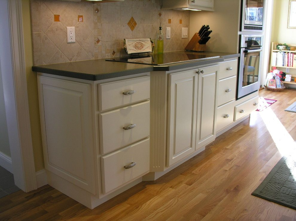 Hammond Lumber for a  Kitchen with a  and Dennis Tefft's Portfolio by Hammond Lumber Company