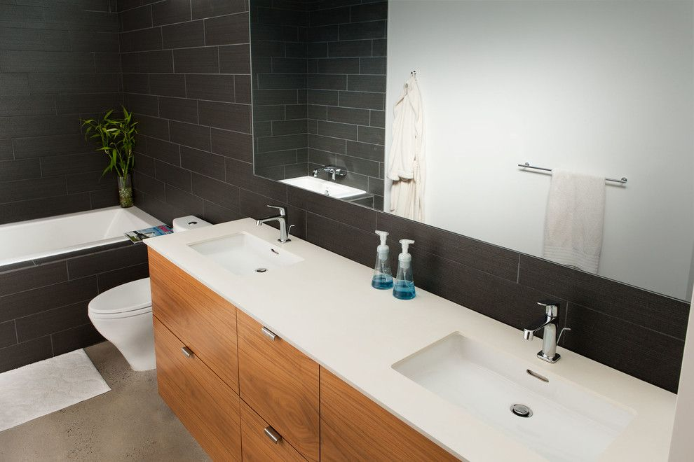 Hansgrohe Usa for a Modern Bathroom with a Axor and Vail House by Hansgrohe Usa