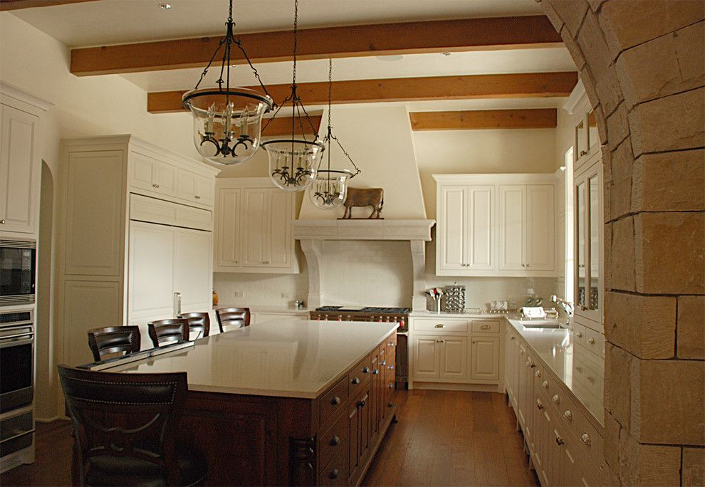 Hanstone for a Traditional Kitchen with a Traditional and C Residence   Lake Austin by Decorum Stone