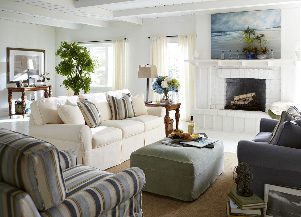 Haverty Furniture For A Beach Style Living Room With And Havertys By