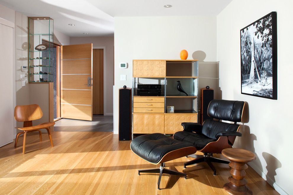 Herman Miller Outlet for a Midcentury Living Room with a Entrance and Canterbury by Cci Renovations