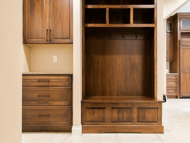H&h Homes for a Modern Entry with a Wooden Built in and 2014 960 Highland Park by H&h Home Builders Inc