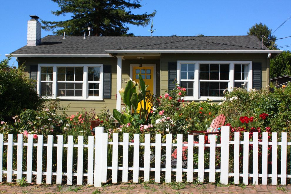 Home Depot Santa Cruz for a Beach Style Exterior with a Beach Style and My Houzz: Santa Cruz: Jen by Shannon Malone