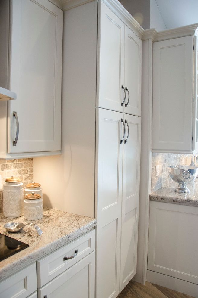 Homecrest Cabinetry for a Transitional Kitchen with a Homecrest Cabinetry and Divine by Kabco Kitchens