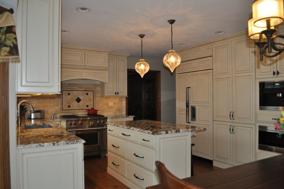 Homewerks for a Traditional Spaces with a Wolf Appliances and Homer Glen Kitchen by Homewerks