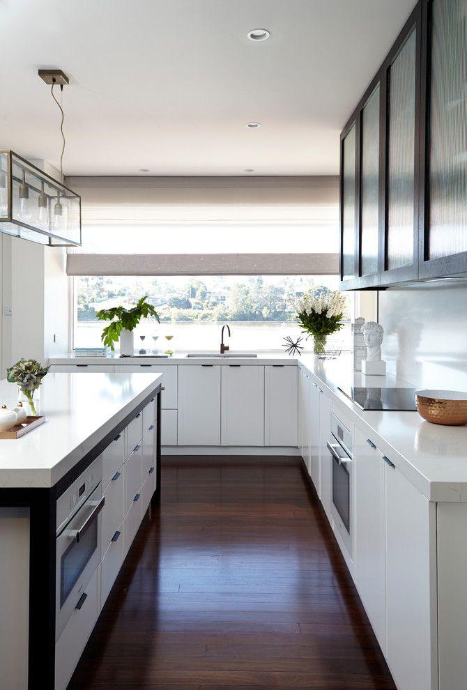 Hortons Lighting for a Transitional Kitchen with a White Kitchen and Light & White Kitchen | Bianco Venato Quartz by Wk Quantum Quartz