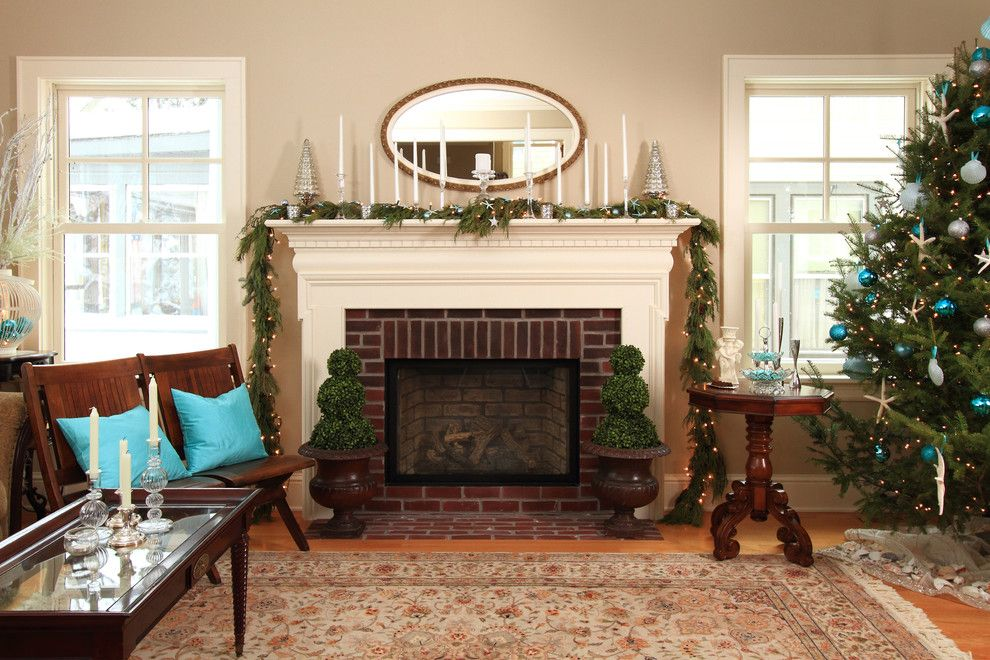 How to Decorate a Mantel for a Farmhouse Living Room with a Christmas Tree and Linden Hills Farmhouse by the Gudhouse Company