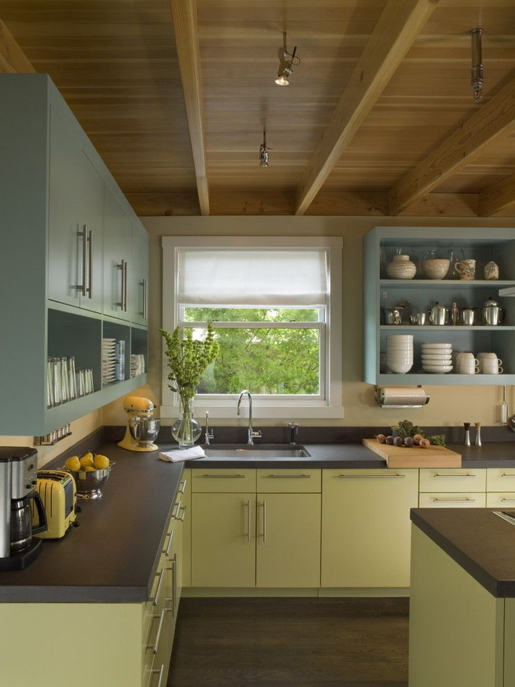 How to Repaint Kitchen Cabinets for a Contemporary Kitchen with a Beige Wall and Beverly Place   Kitchen by Studio Sarah Willmer Architecture
