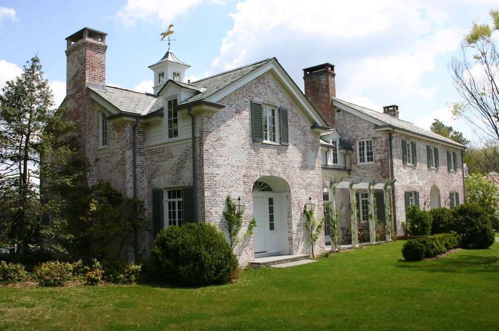 How to Whitewash Brick for a Traditional Exterior with a Brandes Maselli and Peapack Estate by Brandes Maselli Architects