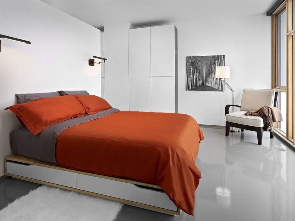 Ikea Besta Shelf for a Modern Bedroom with a Gray Floor and Lg House   Master Bedroom by Thirdstone Inc. [^]