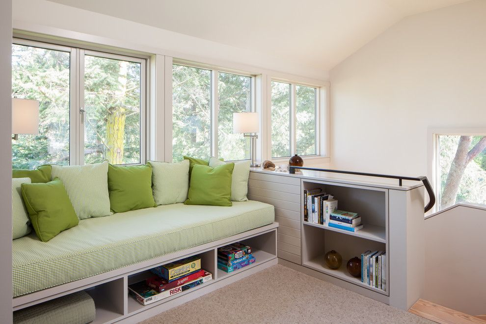 Ikea Hemnes for a Beach Style Kids with a High Ceiling and Bunny Lane by Heliotrope Architects