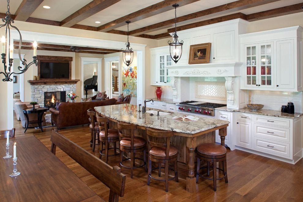 Interlachen Country Club for a Traditional Kitchen with a Oak Floors and Interlachen Country Club (Edina) by John Kraemer & Sons