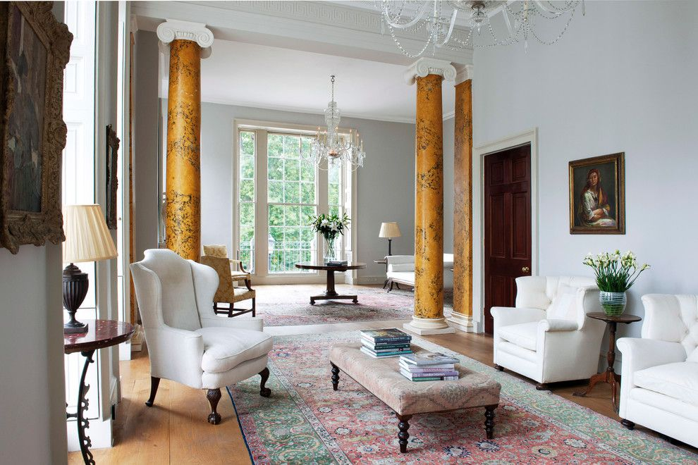 Ionic Columns for a Traditional Living Room with a Joinery and ...