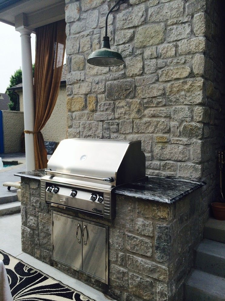 Jack Wills Tulsa for a Transitional Patio with a Outdoor Kitchen and Outdoor Kitchens by Jack Wills Patio & Fireplace