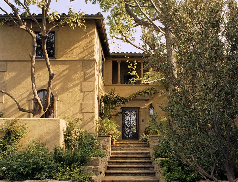 Jeff Lewis Paint for a Mediterranean Exterior with a Villa and Mediterranean Classic by Tommy Chambers Interiors, Inc.