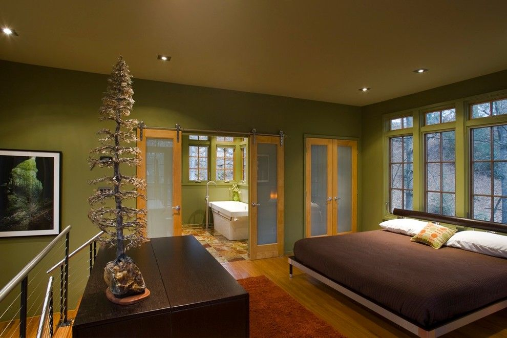 Jen Weld Doors for a Contemporary Bedroom with a Sliding Doors and Treehouse by Thomas Lawton Architect