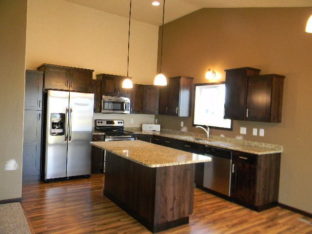 Jordahl Custom Homes for a Traditional Kitchen with a Custom Cabinets and Kitchens by Jordahl Custom Homes