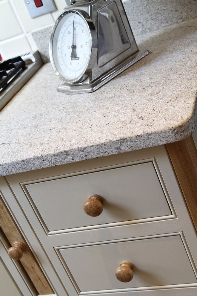 Kashmir White Granite for a Traditional Kitchen with a Traditional and the Charleston Shaker Kitchen by Beau-Port Kitchens