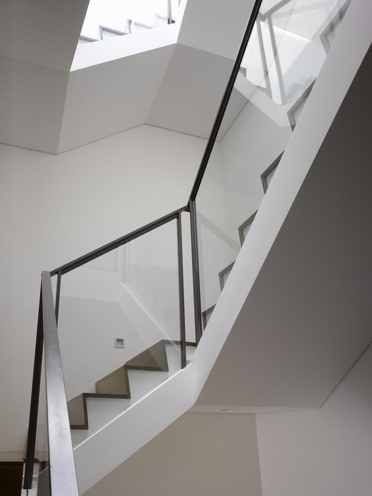 Ken Caryl Glass for a Modern Staircase with a Curved Stairs and Randal St by Ken Gutmaker Architectural Photography