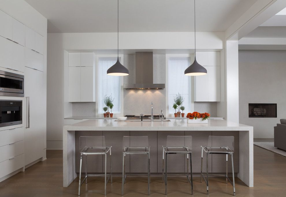 Kichen for a Contemporary Kitchen with a Caesarstone and Lakeview by Rhs Interiors + Design