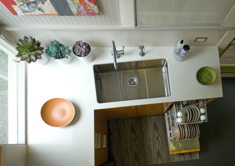 Kitchen Sink Lyrics for a Contemporary Kitchen with a Faucet and Kitchen Remodel by Justrich Design