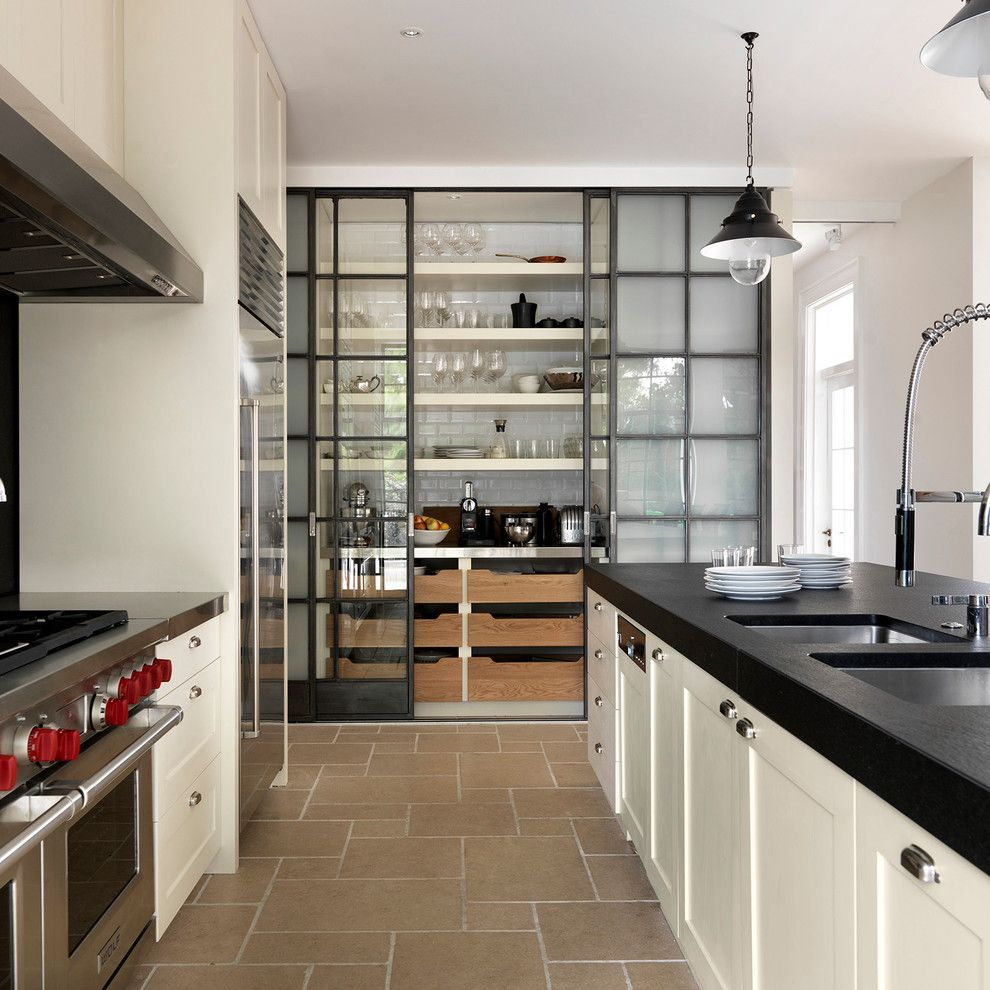 Kith Cabinets for a Transitional Kitchen with a Cornices Moldings and Luigi Rosselli Architects   Oculi House by Luigi Rosselli Architects