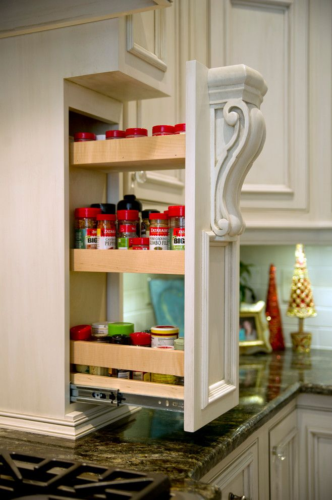 Kiva Kitchen and Bath for a Traditional Kitchen with a Spice Rack and Private Residence   Brighton Place   Gulfport, Ms by Kiva Kitchen & Bath Houston   Trevor Childs