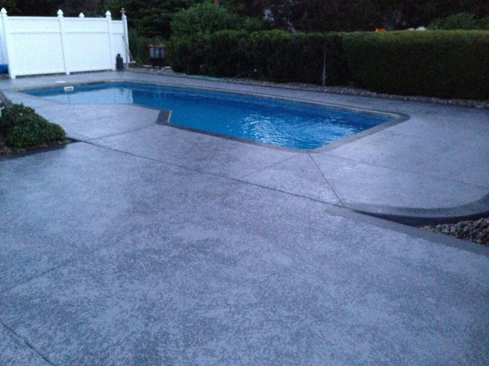 Knockdown Texture for a Contemporary Pool with a Contemporary and Leggari Custom Knockdown Texture with Wood Grain Borders by Leggari Llc